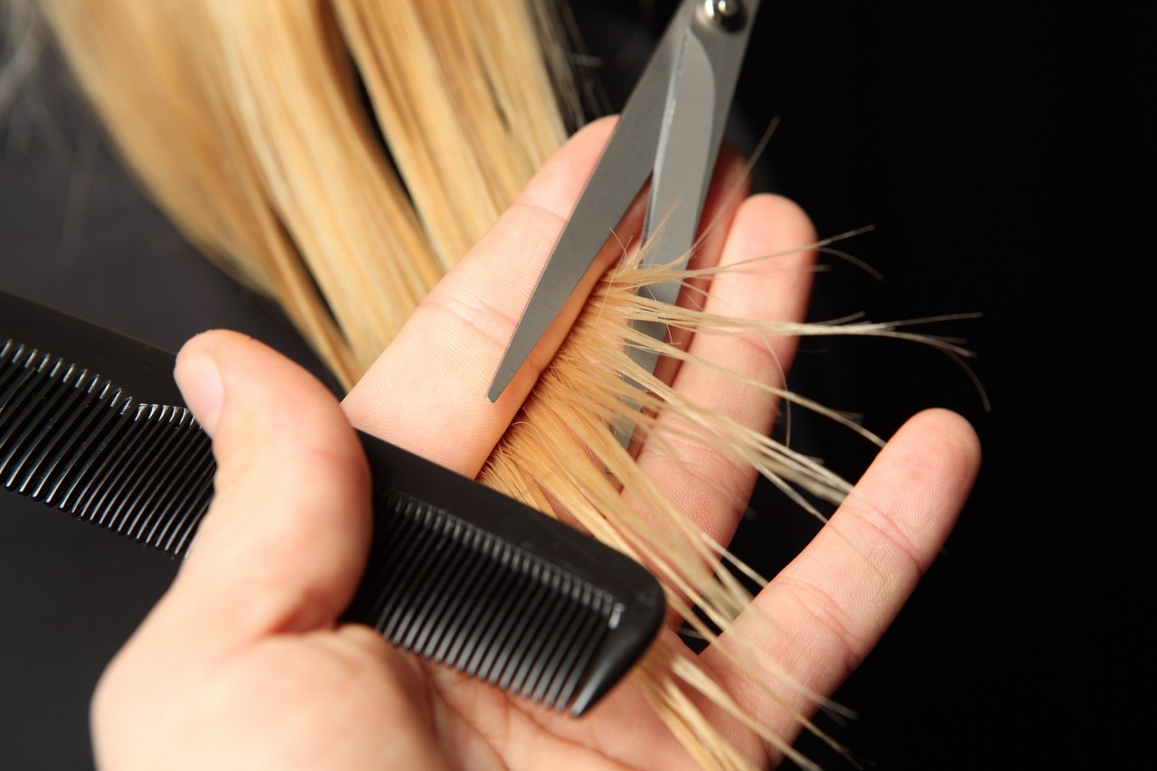 Use weaves to protect your own hair new star hair blog before installing your weave you should trim the split ends of your hair this will make your hair grow more naturally after you wear sew in extensions pmusecretfo Images