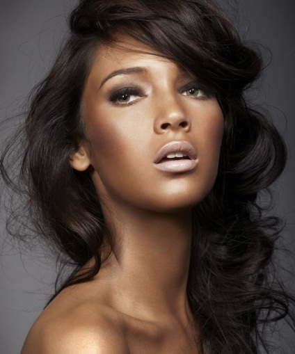 Choose Perfect Brazilian Hair Extensions